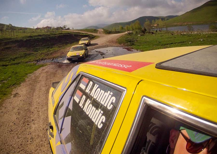 Three Saab 9000 cars reached the finish line after 8000km without any breakdowns