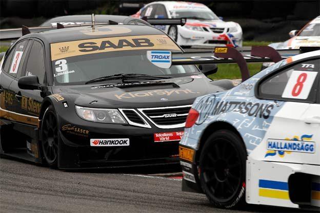 Linus Ohlsson in Saab 9-3 STCC