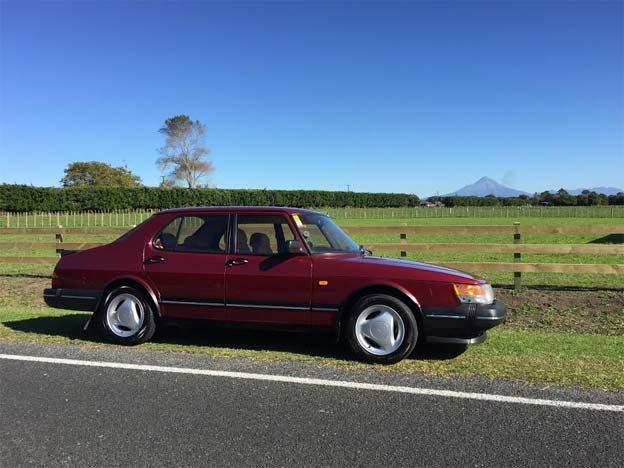 New Saab 900