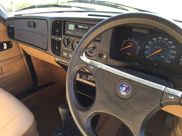 Saab 900 like new