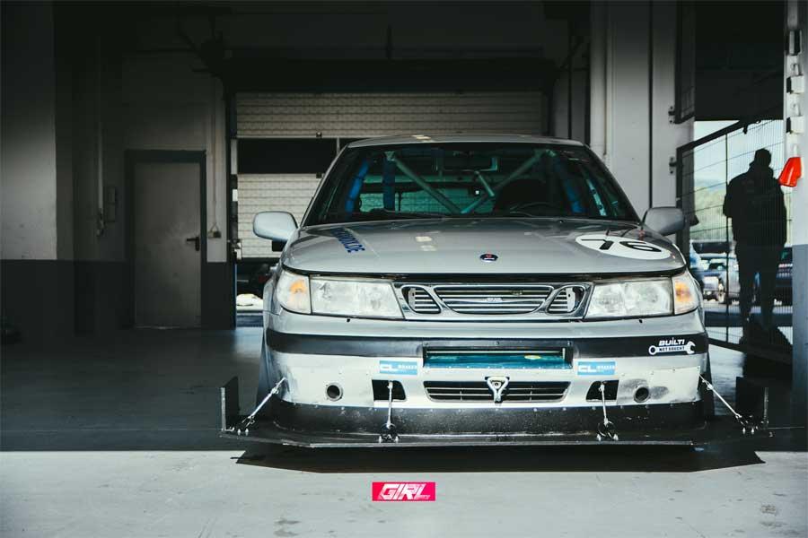 Racing Saab 9-5
