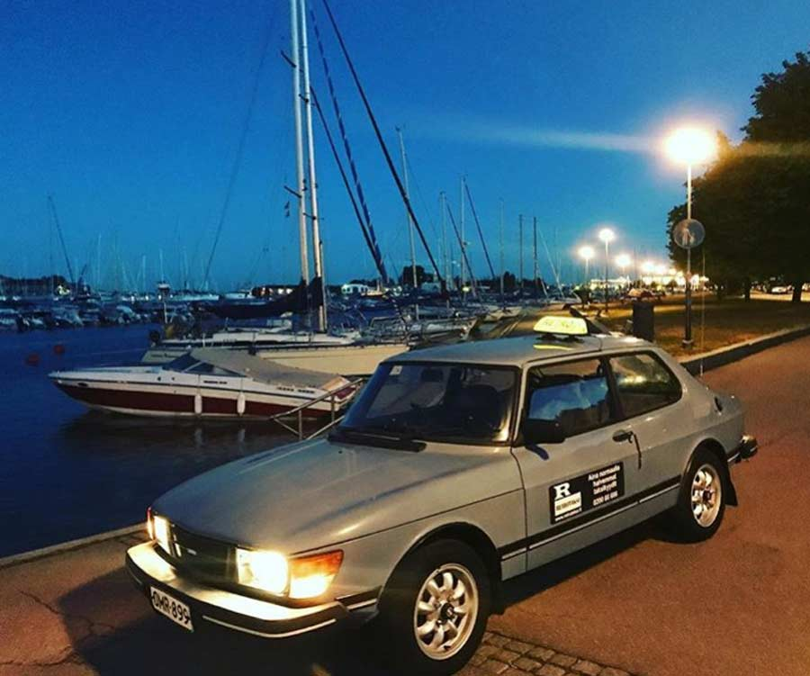 "A Finnish ""Retro Taxi"" sells their Saab 99 GL 5 Speed 2"