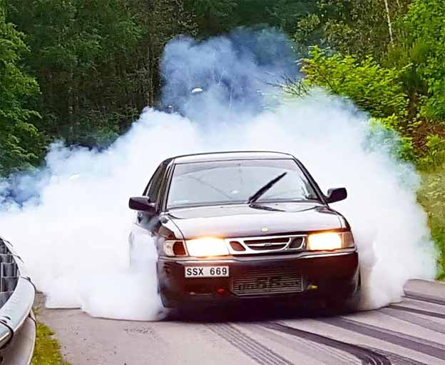 Saab 9-3 Aero Burnout
