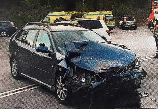 Saab 9-3 Sportcombi Crash