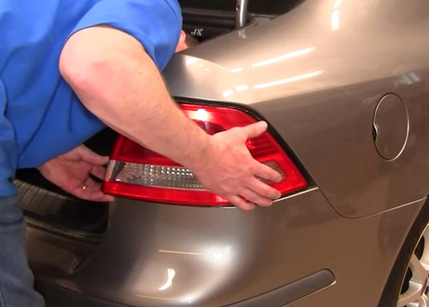 Saab 9-3 Tail Light Bulb Change