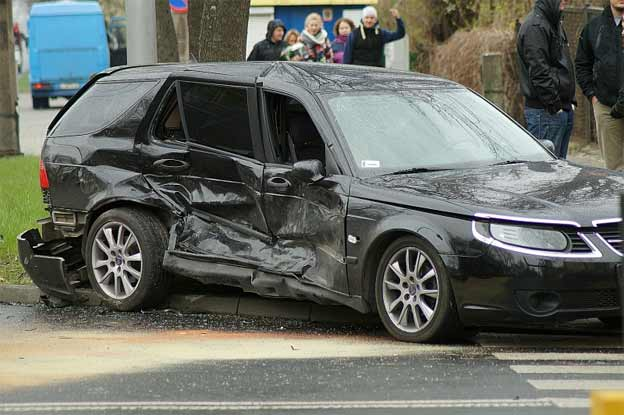 Saab 9-5 crashed
