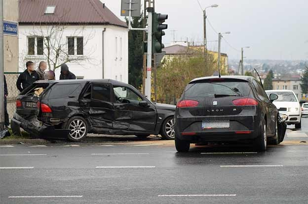 Saab 9-5 in traffic accident