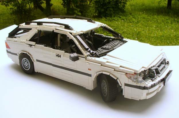 LEGO SAAB 9-5 Wagon