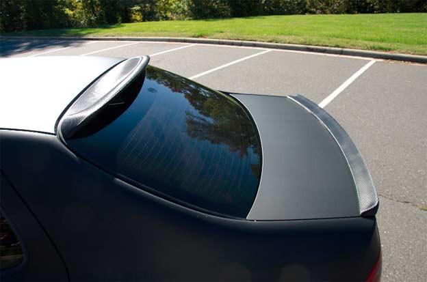 Realcar.se roof spoiler, Speedparts.se carbon trunk spoiler