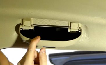 Saab 9-5 NG sunglasses holder