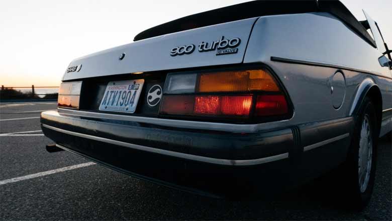 Saab 900 tail