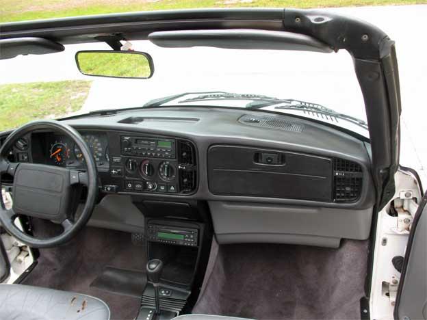 Saab 900 C interior