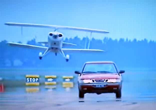 Saab 900 Commecial