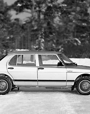 Saab 900 Finlandia