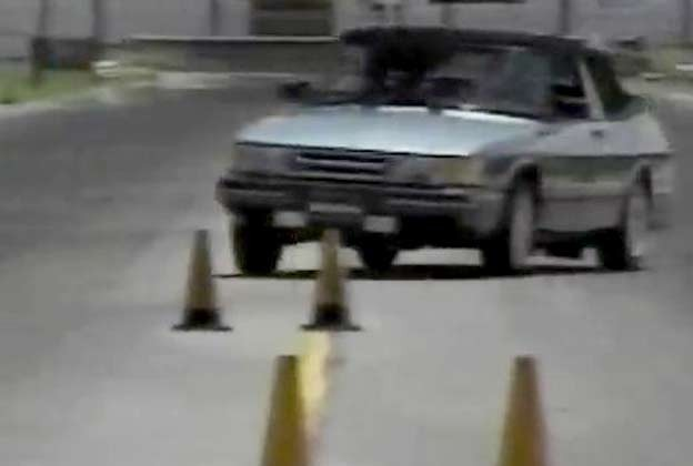 Saab 900 Convertible test drive