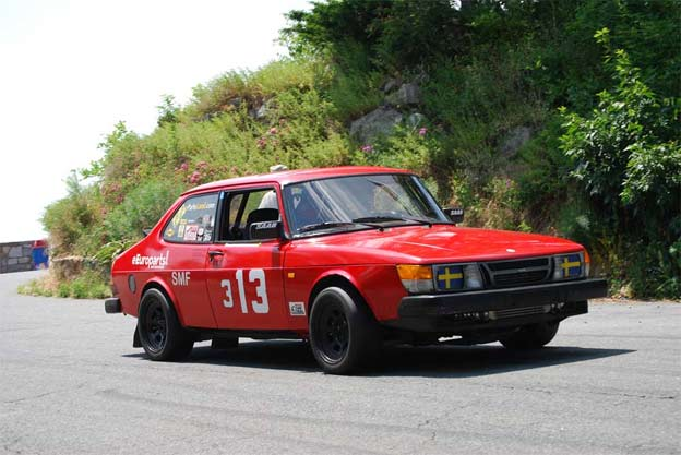 Saab 900 turbo in Hill Climbing