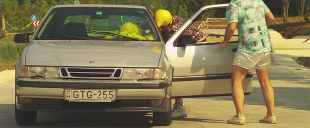 Saab 9000 in music video