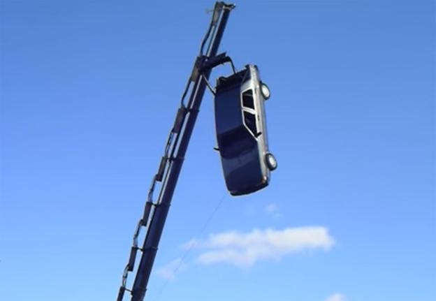 Saab 9000 drop test