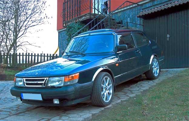 Amazing Saab 900