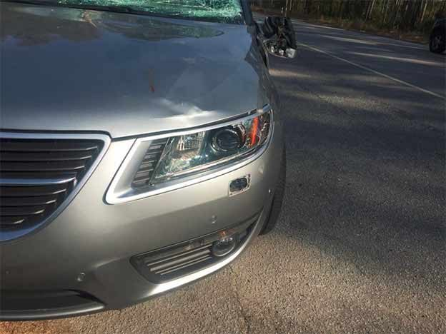 Saab 9-5 NG after collision