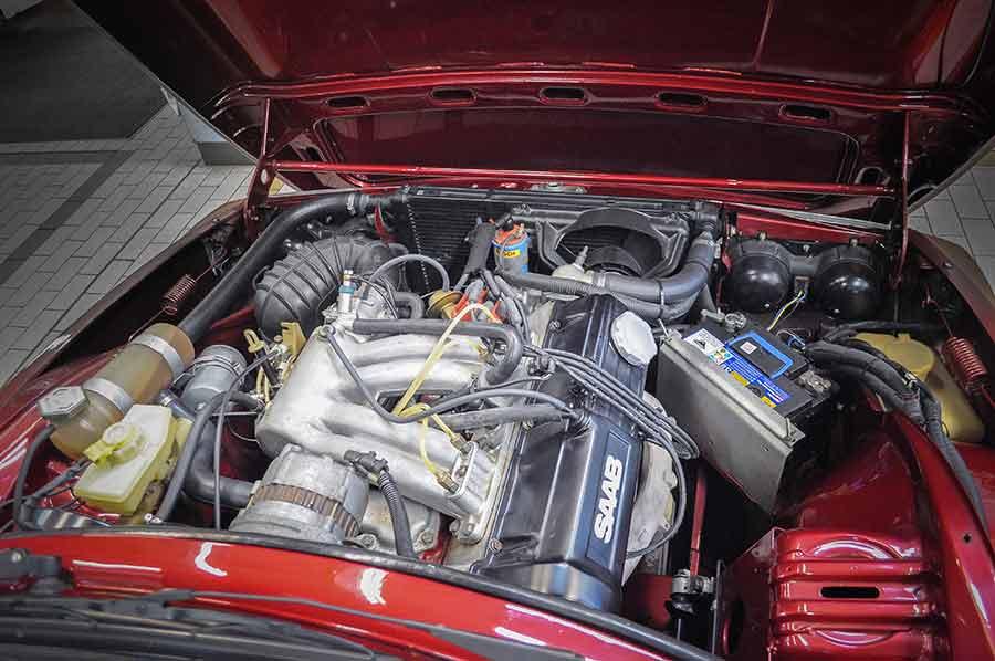 Saab 99 engine SOHC 8-valve four-cylinder,