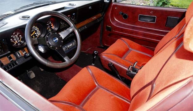 Saab 99 EMS Perfect interior