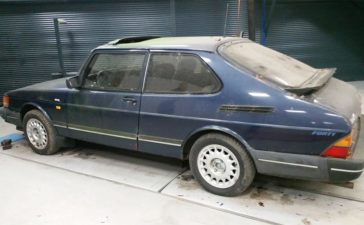 "SAAB 900 ""Forty"" Special Edition 1"