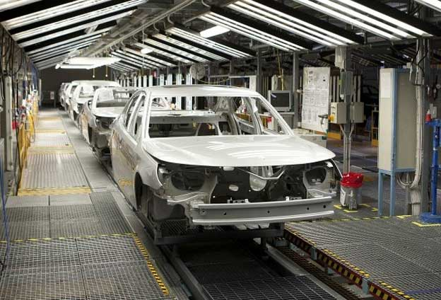 Tesla cars in the ex saab factory for Green light motors fremont