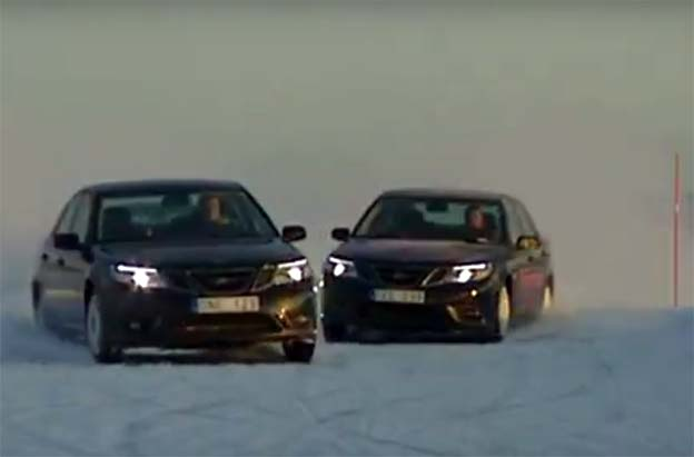Saab Pertofmance Team on ice