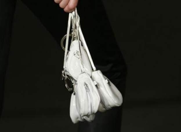 Saab fashion design - innovative way to keep a woman's keys