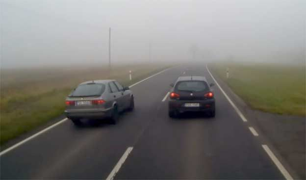 Dangerous overtaking in very bad conditions for driving