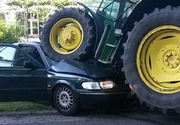 Tractor run over Saab