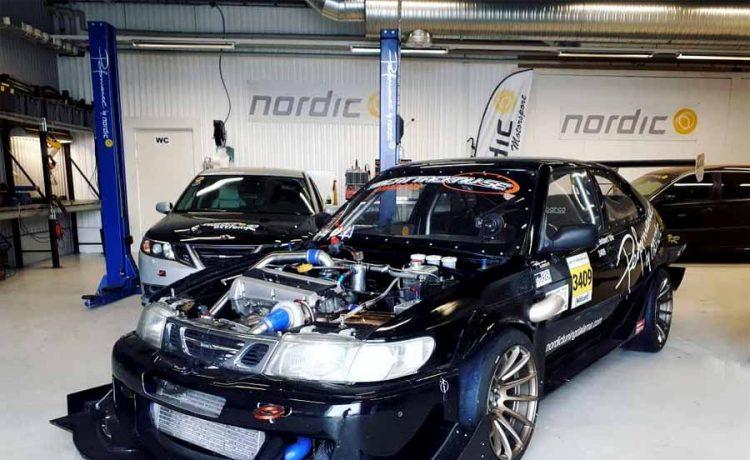Saab 900 GTR race car