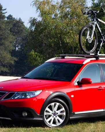 Saab 9-3x Estate MY06 in Laser Red