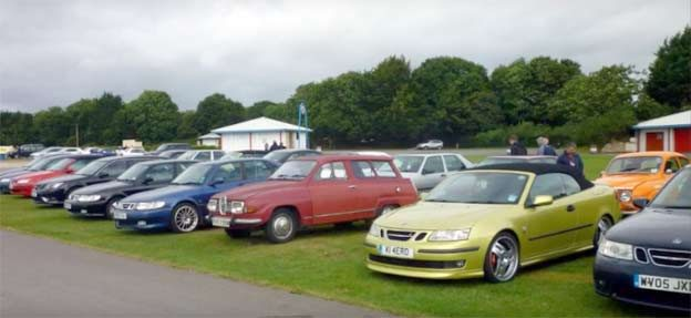 Great Western Saabs at Castle Combe 2016
