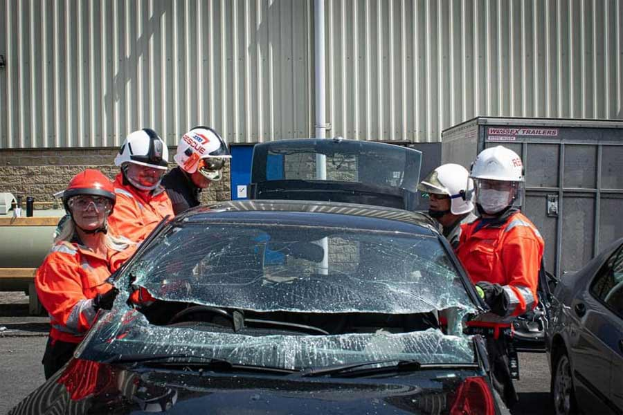 The rescue team put in a lot of effort, as did their machines, but Saab was eventually defeated