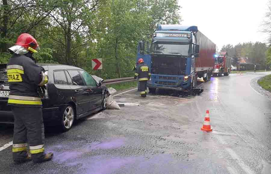 A Saab driver without any injuries after he hit the Volvo truck