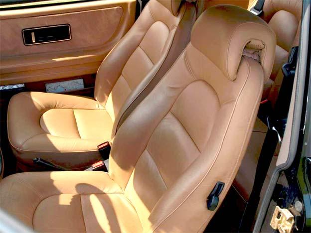 Stolen Saab 900 interior