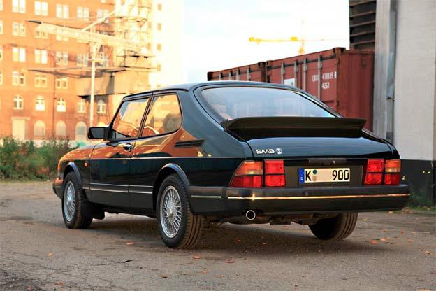 Stolen Saab 900