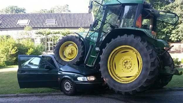 tractor-run-over-saab