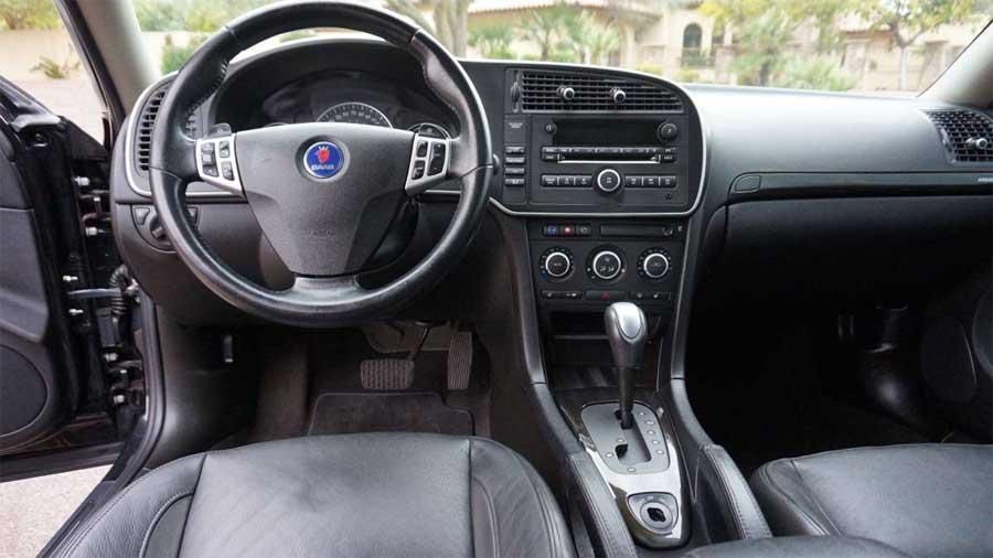 Clean Turbo X interior