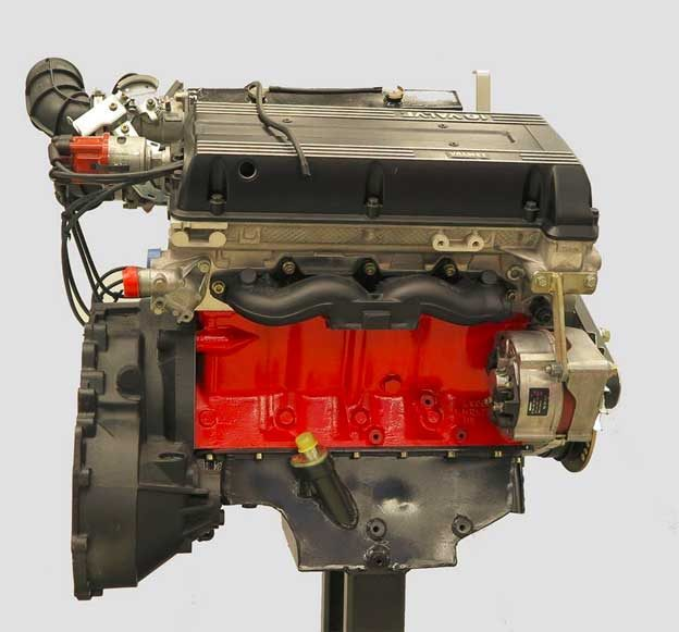 Valmet Automotive V8 engine for Saab 9000